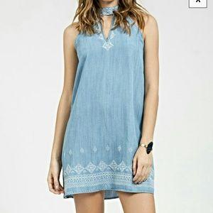 Blu pepper embroidered denim dress!
